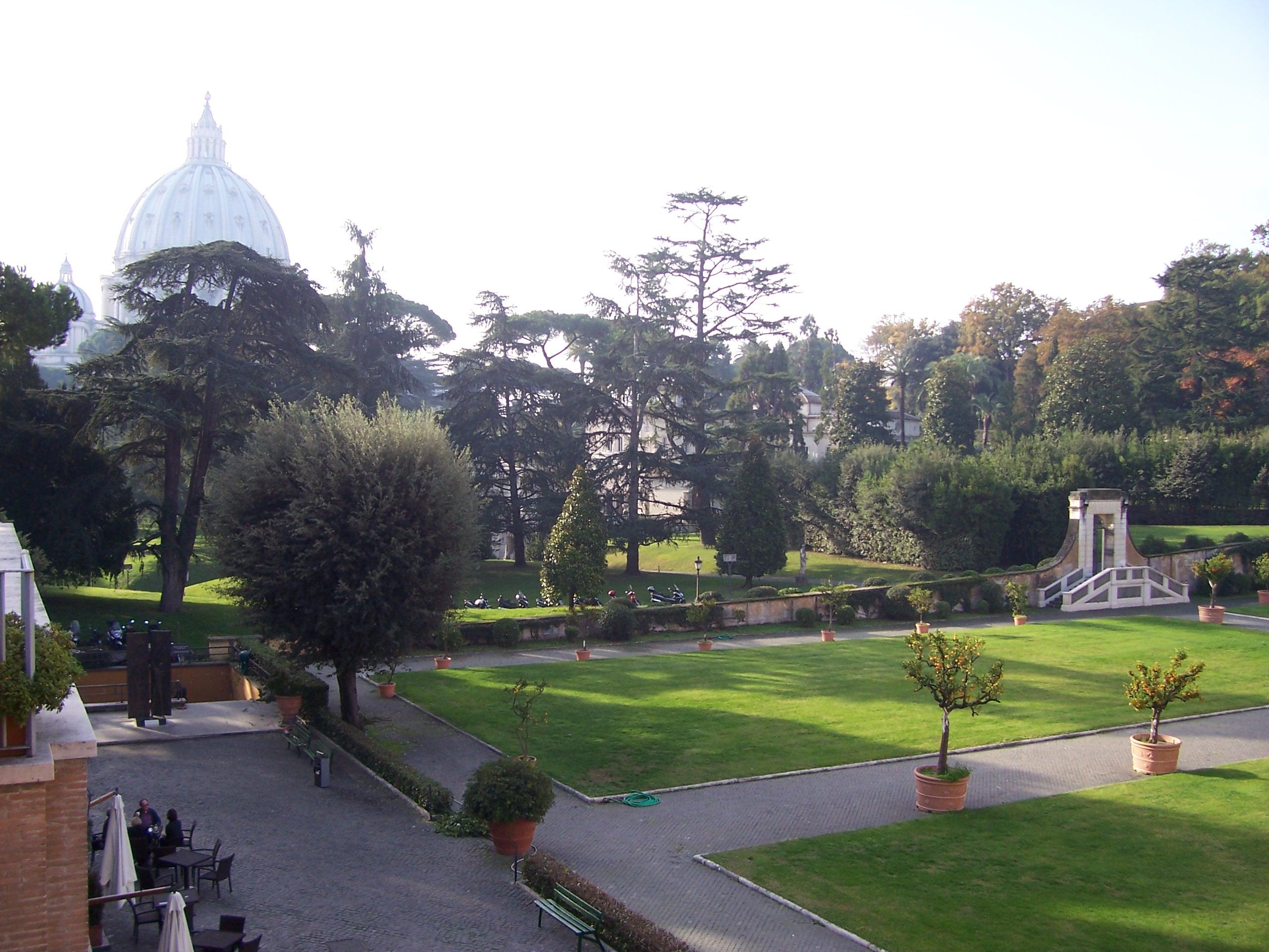 Giardini_vaticani2